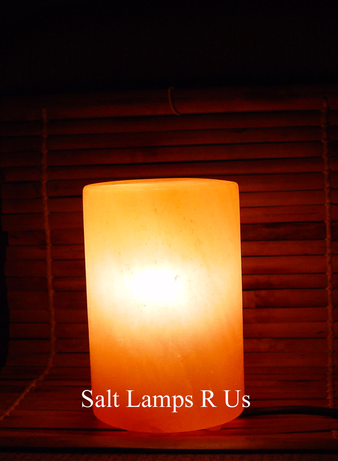 Salt Lamp Cylinder Shape with Plastic Feet Saltlamps-R-Us