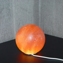 himalayan-salt-lamp-ball-globe-shape-usb-led-light-1