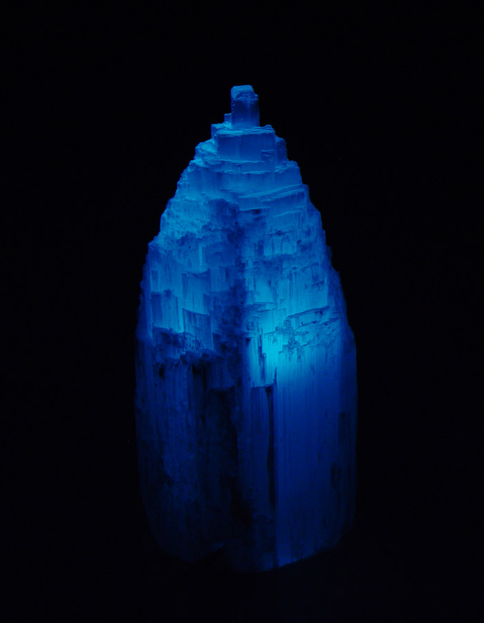 Selenite Lamp White Mountain Shape Gemstone Crystal Light With Plastic Feet From Morocco