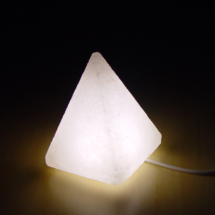 usb-pyramid-shape-salt-lamp-white-himalayan-ceystal-rock1
